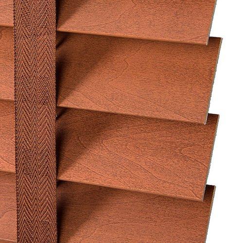 Persianas venecianas plisadas en marrón